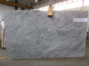Thunder-White-poler-3cm-min-300x225