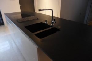 blaty-kuchenne43-min-300x200